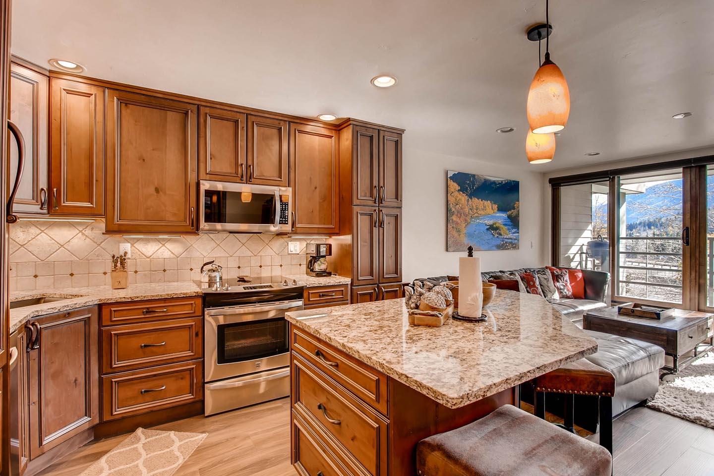 Condo 1405 Kitchen